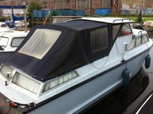 achtertent motorboot oud